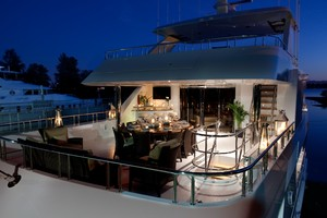 DREAM WEAVER is a Christensen 1990 Yacht For Sale in Fort Lauderdale--5