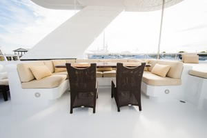 DREAM WEAVER is a Christensen 1990 Yacht For Sale in Fort Lauderdale--10