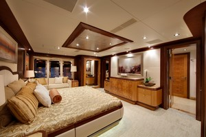 DREAM WEAVER is a Christensen 1990 Yacht For Sale in Fort Lauderdale-Master Stateroom 2 -24