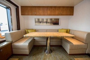 DREAM WEAVER is a Christensen 1990 Yacht For Sale in Fort Lauderdale-Captain Lounge-29