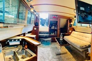 36' Sea Ray 360 Aft Cabin 1986