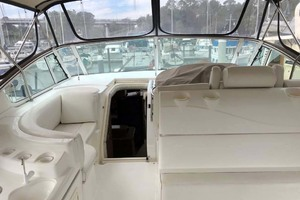 44' Cruisers Yachts 4450 2002 Aft Deck Looking Forward