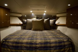 52' Viking 52 Open 2007 Master Stateroom