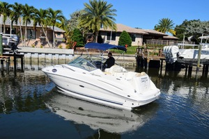 24' Sea Ray 240 Sundancer 2008