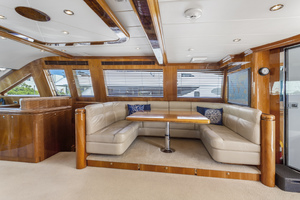 110' Horizon Tri-deck Motoryacht 2007 PILOTHOUSE