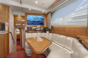 52' Viking Sport Fish 2002 DINETTE