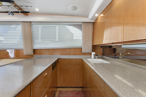 52' Viking Sport Fish 2002 GALLEY