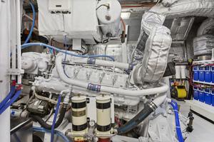 94' Heesen  1985 ENGINE
