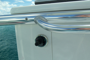 47' Jersey Cape Hardtop Express SF 2013 Tower Thruster Control