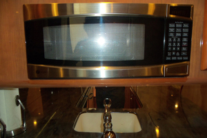 47' Jersey Cape Hardtop Express SF 2013 Galley Microwave