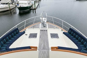 97' Marlow Marlow Explorer 97E Command Bridge 2011