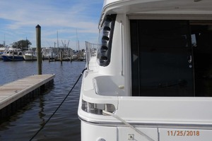 45' Carver 450 Voyager Pilothouse 1999 Port Side View