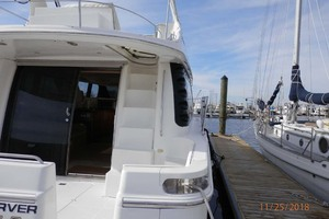 45' Carver 450 Voyager Pilothouse 1999 Starboard Side View