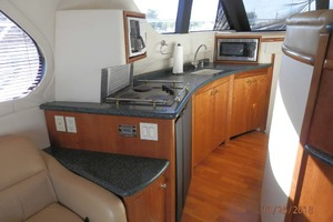45' Carver 450 Voyager Pilothouse 1999 Galley