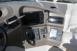 45' Carver 450 Voyager Pilothouse 1999 Electronics in Upper Helm