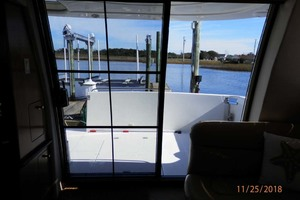 45' Carver 450 Voyager Pilothouse 1999 Stern View from Inside Cabin