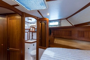 Sabre-Flybridge-Convertible-2003-Robins-Nest-Palm-City-Florida-United-States-Master-Stateroom-1093499