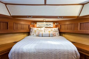 Sabre-Flybridge-Convertible-2003-Robins-Nest-Palm-City-Florida-United-States-Master-Stateroom-1093497