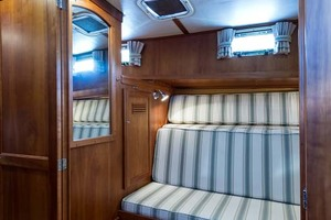 Sabre-Flybridge-Convertible-2003-Robins-Nest-Palm-City-Florida-United-States-Guest-Stateroom-1093503