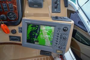 53' Carver 530 Voyager Skylounge 2002 Furuno Radar