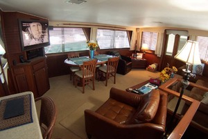 61' Hatteras 61 Motoryacht 1980 Saloon to Port Fwd