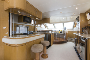 69' Marquis 65 Skylounge 2008 Galley/Sky lounge