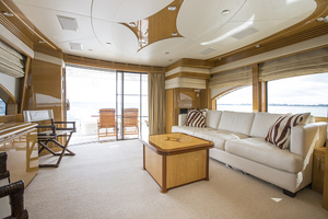 69' Marquis 65 Skylounge 2008 Salon looking aft