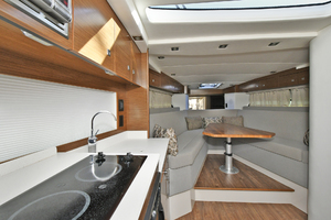 39' Cruisers 390 Express 2015 Galley / Dinette