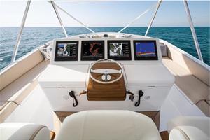 70' Hatteras GT70 2019