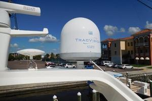65' Ferretti Yachts 630 2009 Radar Arch