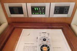 63' Ferretti Yachts 630 2008 Stbd Guest S/R - A/C Controls
