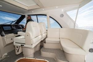 41' Intrepid 410 Evolution 2017 Additional Seating with Storage