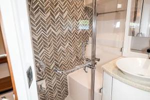 41' Intrepid 410 Evolution 2017 Separate Enclosed Shower