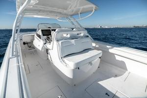 40' Intrepid 400 Center Console 2016 Aft Facing Seat with Cooler Underneath