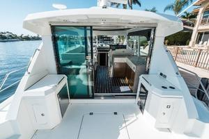 48' Cruisers Yachts 48 Cantius 2012 Aft Deck Forward