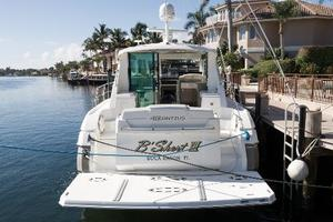 48' Cruisers Yachts 48 Cantius 2012 Stern