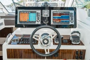 48' Cruisers Yachts 48 Cantius 2012 Electronics 2