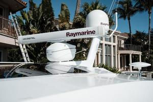 48' Cruisers Yachts 48 Cantius 2012 Radar and SAT TV