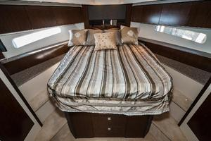 48' Cruisers Yachts 48 Cantius 2012 VIP Stateroom
