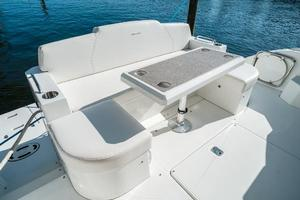 48' Cruisers Yachts 48 Cantius 2012 Seating that Converts to Sunpad