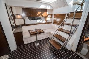 48' Cruisers Yachts 48 Cantius 2012 Sette to Stbd