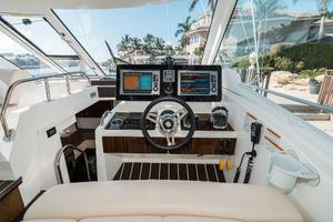 48' Cruisers Yachts 48 Cantius 2012 Electronics