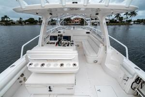 39' Intrepid 390 Sport Yacht 2009 Cockpit Forward
