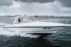 41' Intrepid 390 Sport Yacht 2009 Port Profile