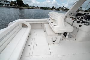 41' Intrepid 390 Sport Yacht 2009 Cockpit Port