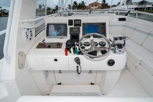 41' Intrepid 390 Sport Yacht 2009 Electrionics