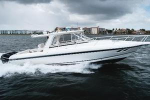 39' Intrepid 390 Sport Yacht 2009 Port Profile