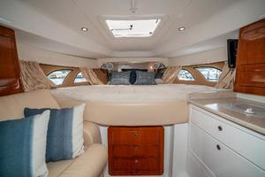 39' Intrepid 390 Sport Yacht 2009 Full Berth Forward
