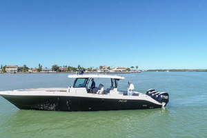 42' Hydra-sports 4200 Siesta 2018 Black Hull