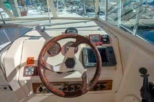 30' Mainship 30 Pilot Rum Runner 2001